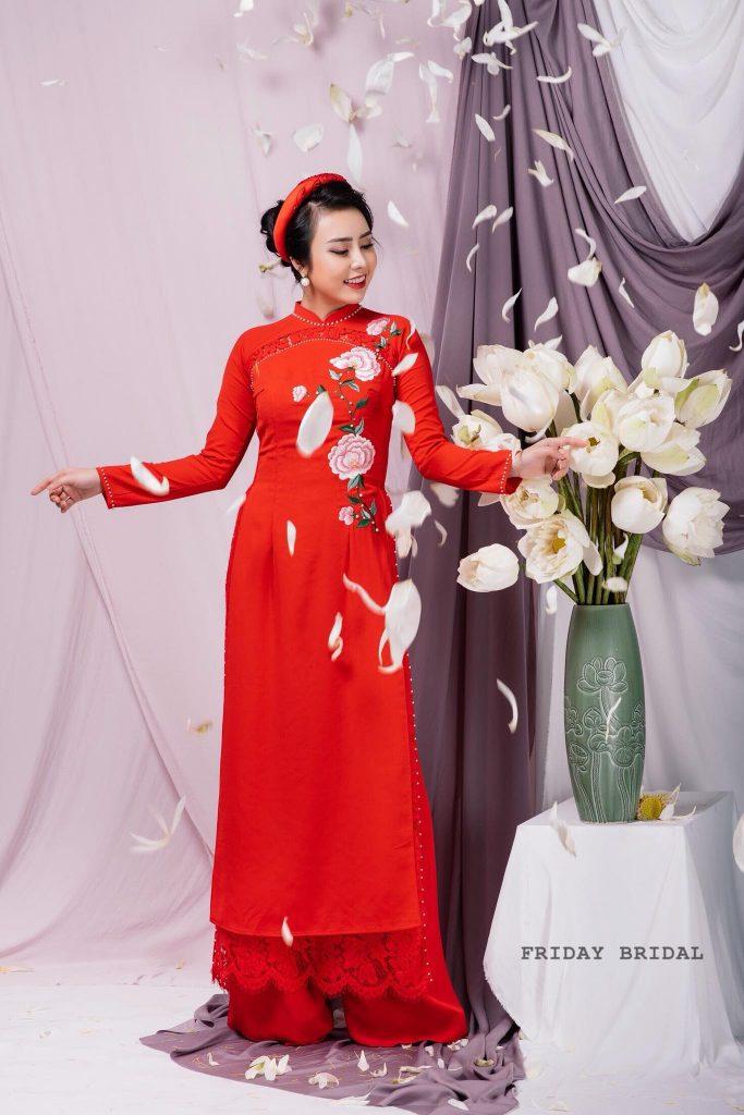 Váy cưới Việt Nam - Áo dài truyền thống