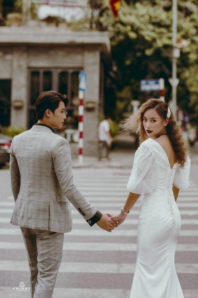 Chụp ảnh cưới đường phố